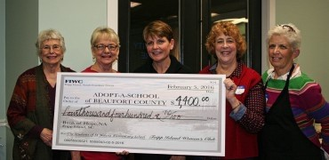 Fripp Island Women's Group raises more than $4,400 for local school