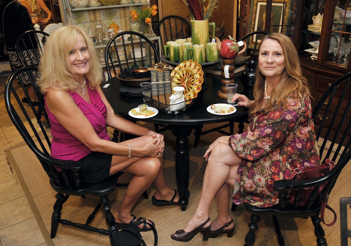 Carol Evans, left, and Peggy Carvell
