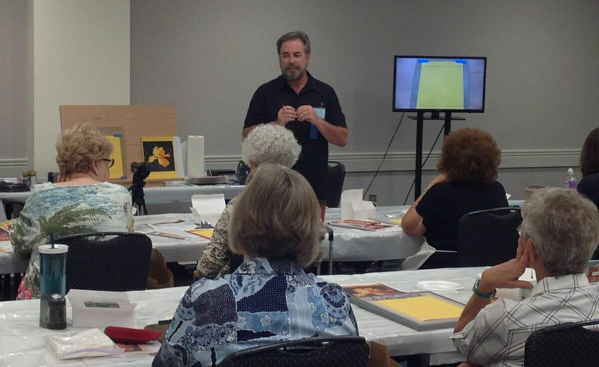 Mark Menedez teaches a color pencil seminar in Columbus, Ohio.
