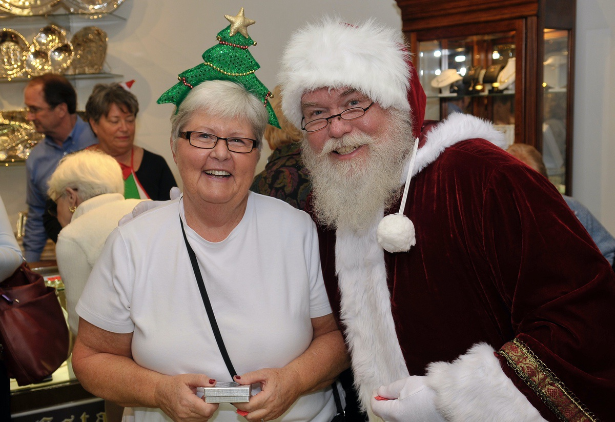 Guests get into the Christmas spirit.
